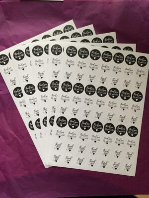 350 'Thank you' Labels (Assorted) 25mm circular 350 in total Blk.